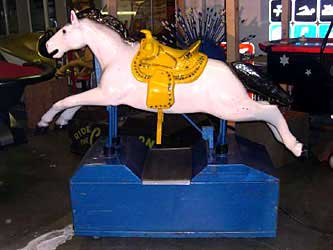 KIDDIE RIDE: WHITE HORSE