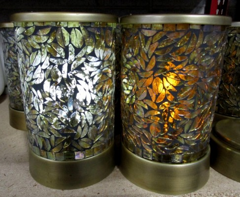 *GOLD LEAF CYLINDER SHADE-BATTERY
