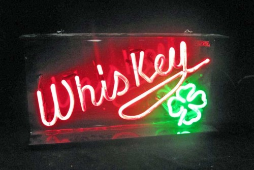 WHISKEY W/SHAMROCK