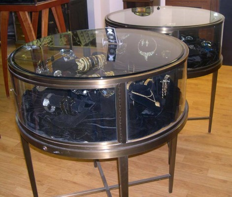 ROUND DISPLAY CABINETS