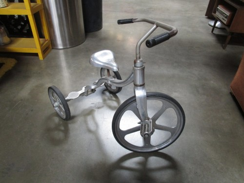 INDUSTRIAL TRICYCLE