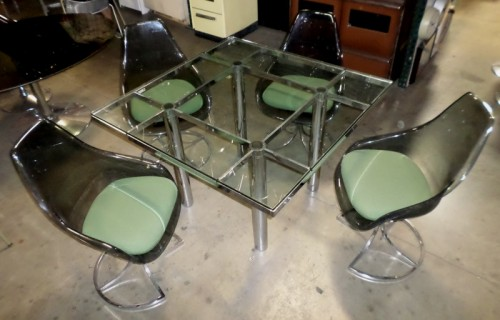 KNOLL GLASS DINETTE